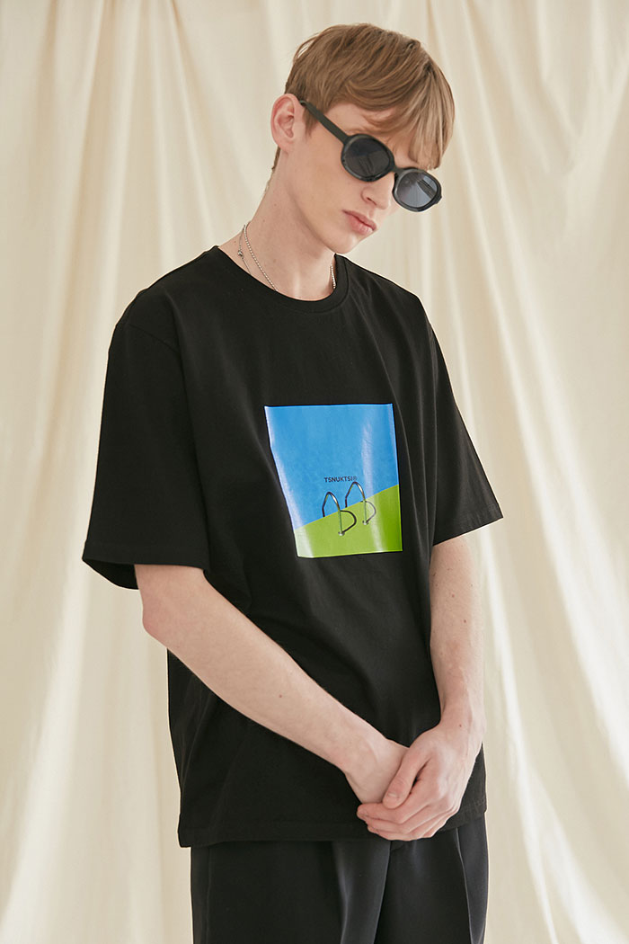 SWIMMING POOL TSHIRT[BLACK]