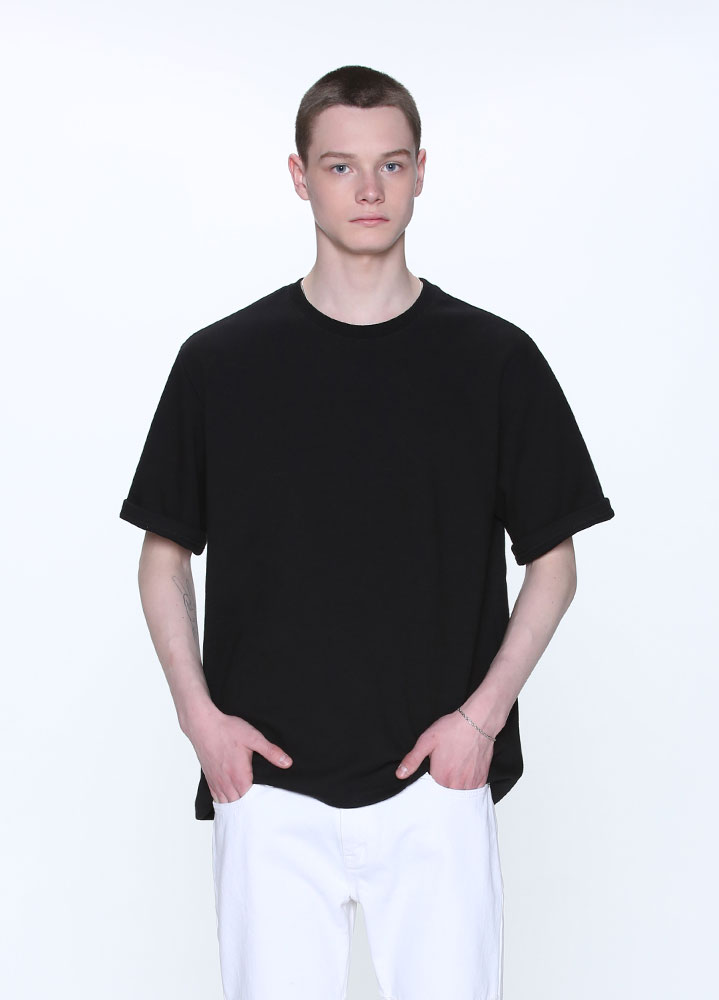 NEW OVERSIZED SHORT TSHIRT[BLACK]