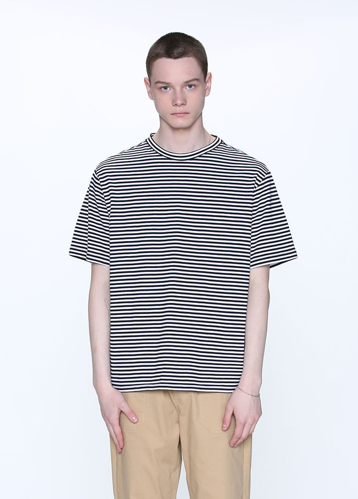 SMALL STRIPE TSHIRT[BLACK]