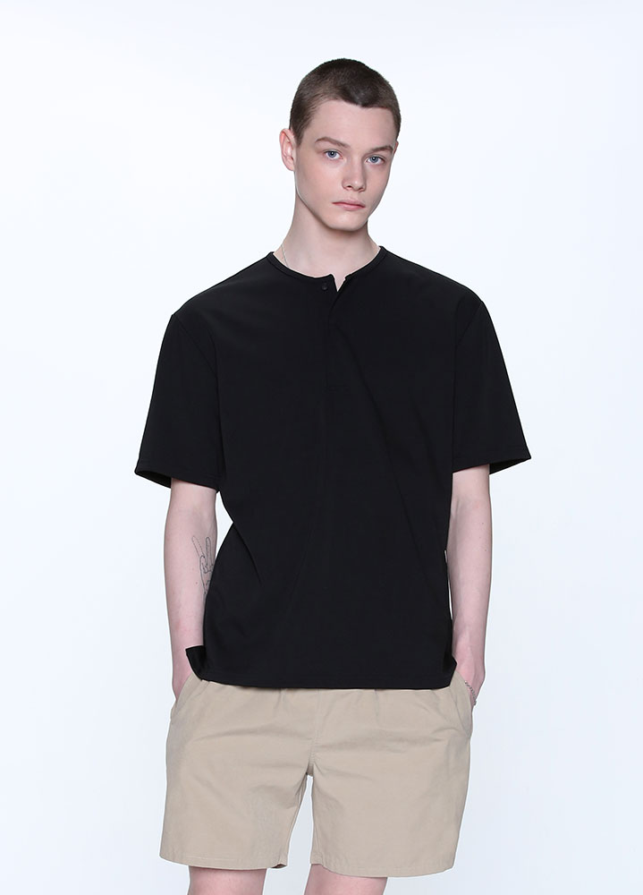 HENLEY NECK TSHIRT[BLACK]
