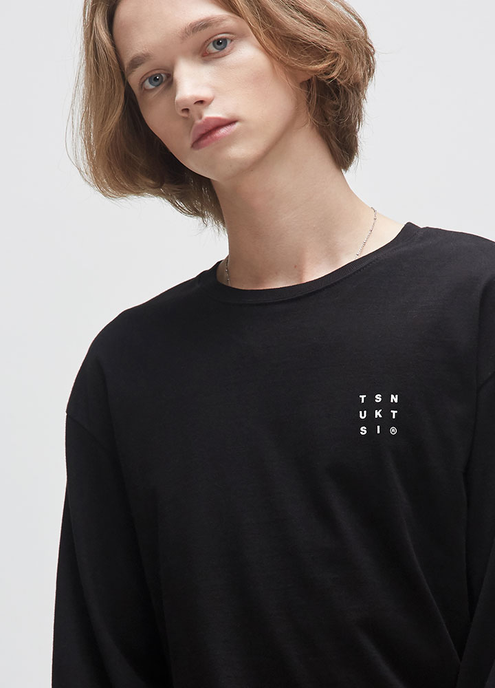REVERSE LOGO LONG TEE[BLACK]