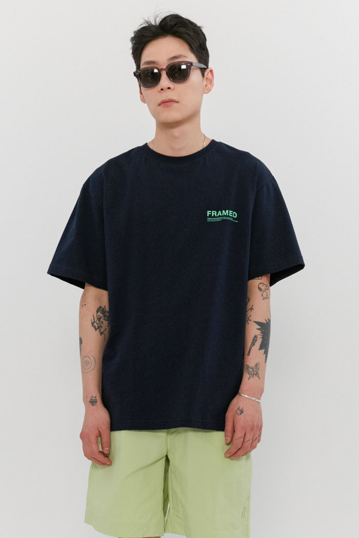 FRAMED LOGO TEE[NAVY]